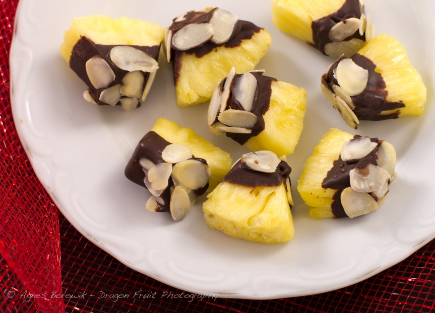 chocolate_dipped_pineapple