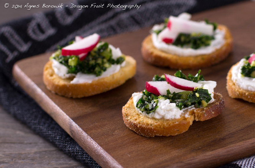 kale_walnut_pesto_crostini_agnes_borowik_dragonfruit_photography-2
