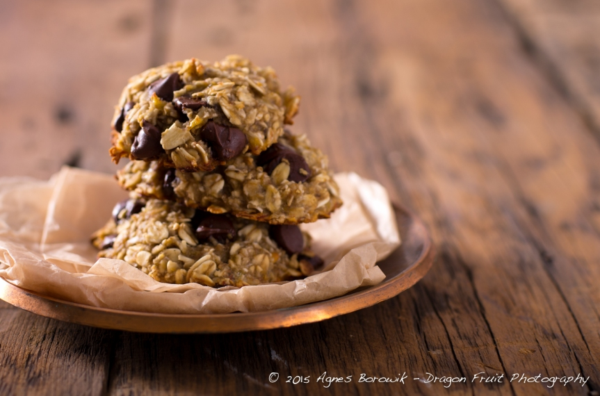 Three ingredient cookies - banana, oats, dark chocolate chips