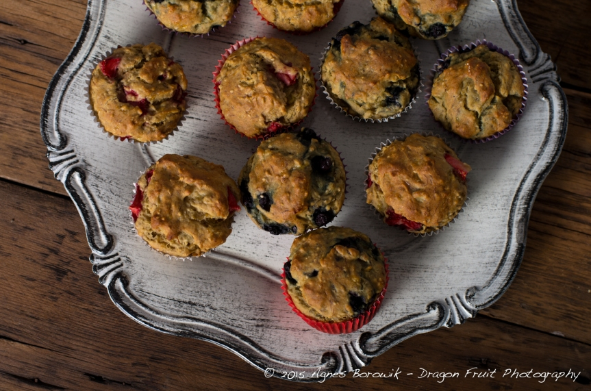 banana_strawberry_chia_muffins